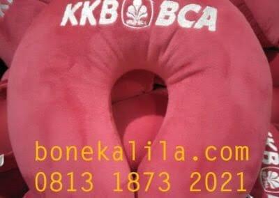 produksi-bantal-leher-bank-bca-01