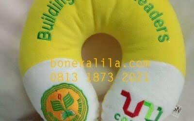 Pengrajin Bantal Leher Kampus UNJ | Pabrik Bantal Leher
