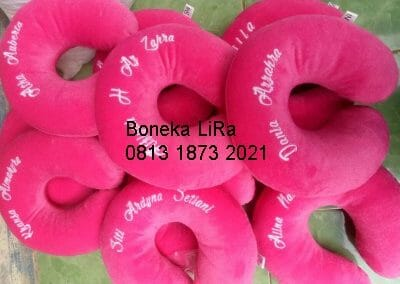 souvenir bantal leher ulang tahun-pabrik bantal leher
