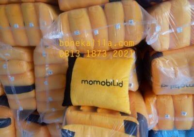 souvenir-bantal-promosi-momobil-pabrik-bantal-promosi-01