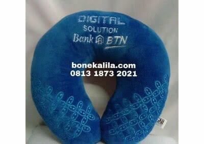 produksi-bantal-leher-logo-bordir-atau-printing