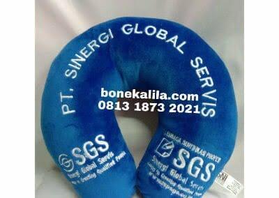 souvenir-bantal-leher-perusahaan-sgs